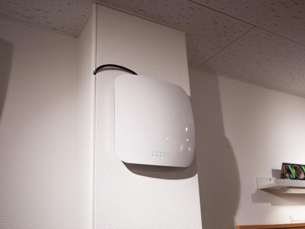 無線ルーターは業務用を用意。 大人数の接続でもバッチリつながります!